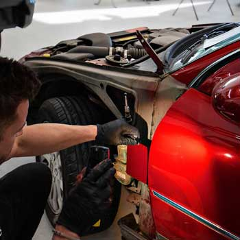 All our repairs are in accordance with original bmw body shop repairer standards.